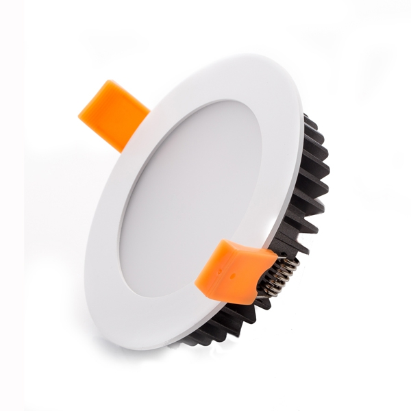 3/4/6/8 inch, 5-35W, smd2835 LEDs as light source, 145lm/W@CRI80, ADC12 die cast aluminum as body materials, TRIAC/DALI/0/1-10V/DMX/ZIGBEE/RF dimmable, 3-5years warranty