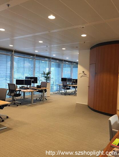 x5 led downlights in netherlands bank
